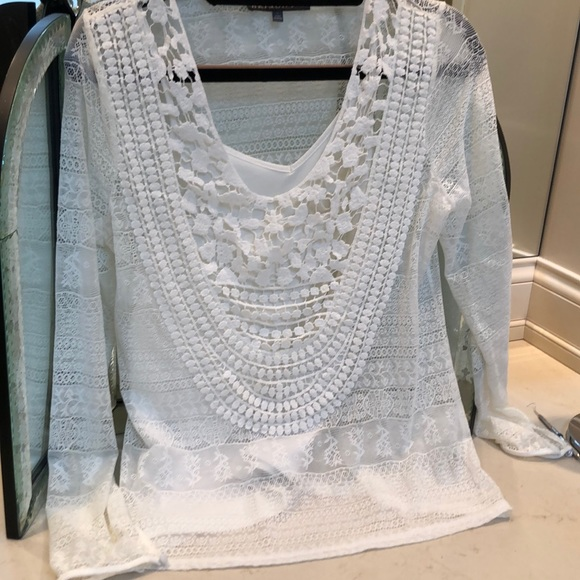 Brixon Ivy Tops - Britton Ivy White blouse with camisole.